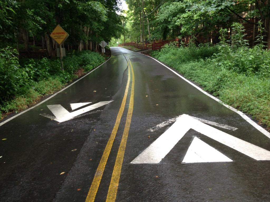 reverse radnor road arrows